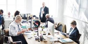 Como a organização do espaço afeta a produtividade dos funcionários?