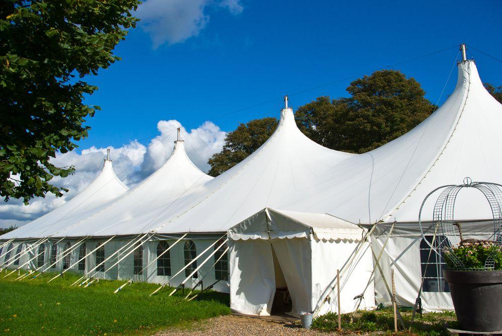 4 vantagens de se utilizar tendas em seu evento